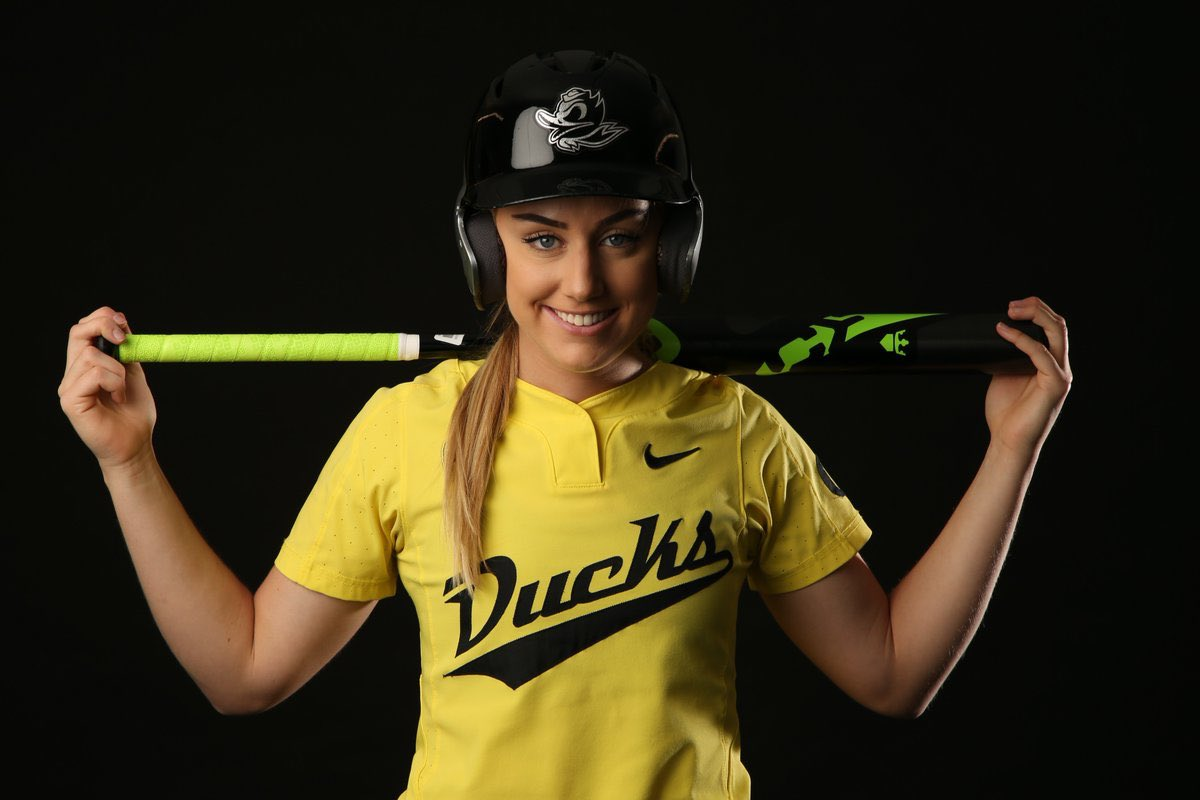 separation shoes 53ca3 e90bb Oregon's Miranda Elish, Lauren Burke Out and What We Know ...